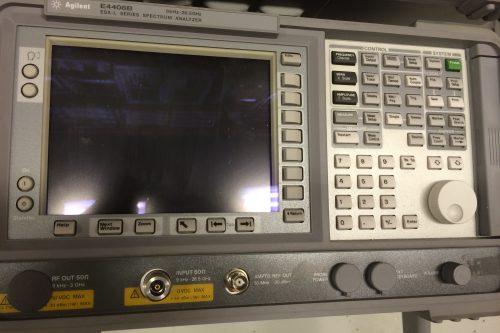 Agilent Spectrum Analyzer E4408B 26,5GHz front view
