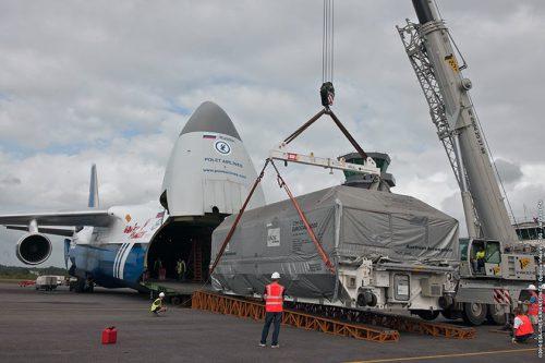 Arabsat-5A transport