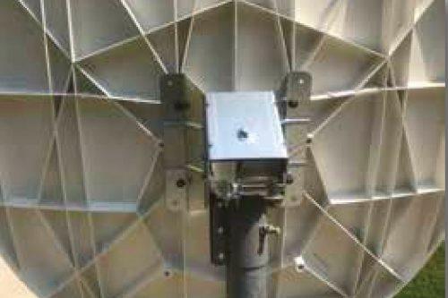 CPI 1.2m Ku-band VSAT RxTx 1132-series rear view