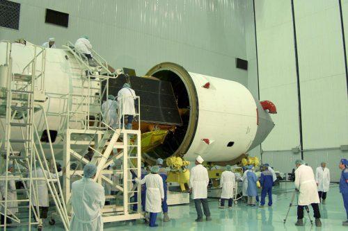 Gazprom Yamal 202 satellite encapsulated