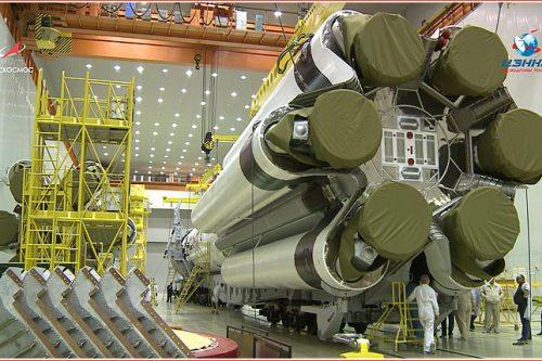 Gazprom Yamal 601 on Proton rocket1