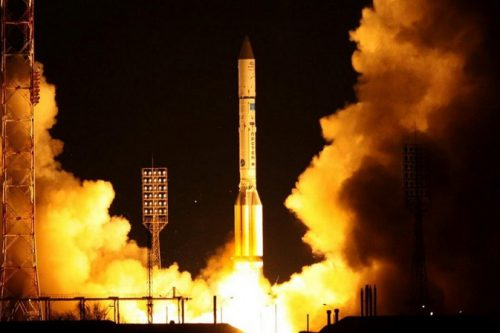 ILS launching the Express-AM7 satellite