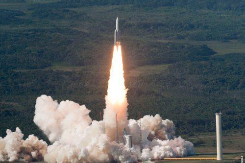 Vinasat-2 satellite launched