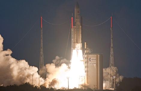 Ariane 5 launching Eutelsat 21B & Star One C3
