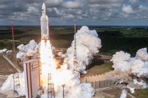 Ariane 5 with Nilesat-201 lifts off