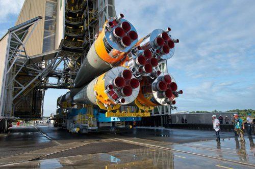 Arianespace Soyuz rocket rollout