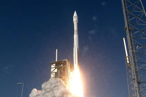Atlas 5 launching EchoStar XIX