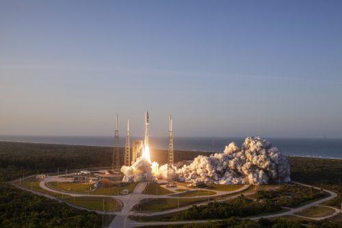 Atlas V launching Astra 1KR