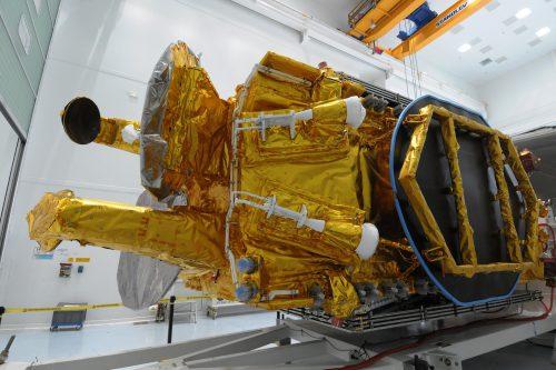 Eutelsat 7B preparation for shipment in transport container