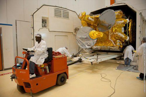 Eutelsat W3B arrives at Koutou Space Port