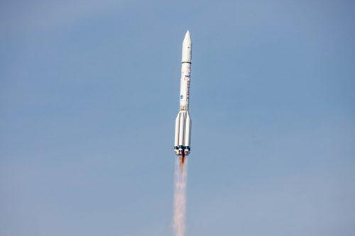 ILS Proton launching Anik F1R