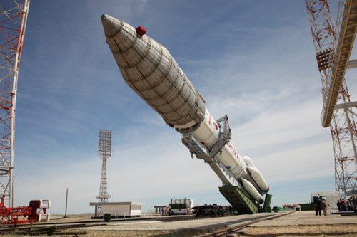 Proton-M rocket raised at Baikonur Cosmodrome site