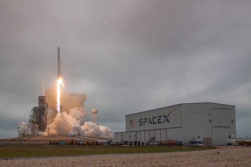 SpaceX' Falcon 9 launching PSN 6