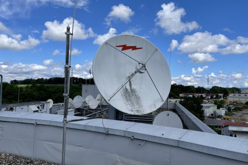 Andrew 3.7m Antenna with motorized Pedestal Mount
