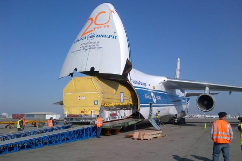 Inmarsat-5 F2 arrives at ILS in Kazachstan