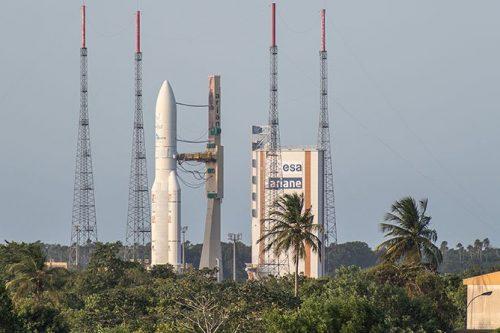 Araine 5 ready for launching BSat satellite