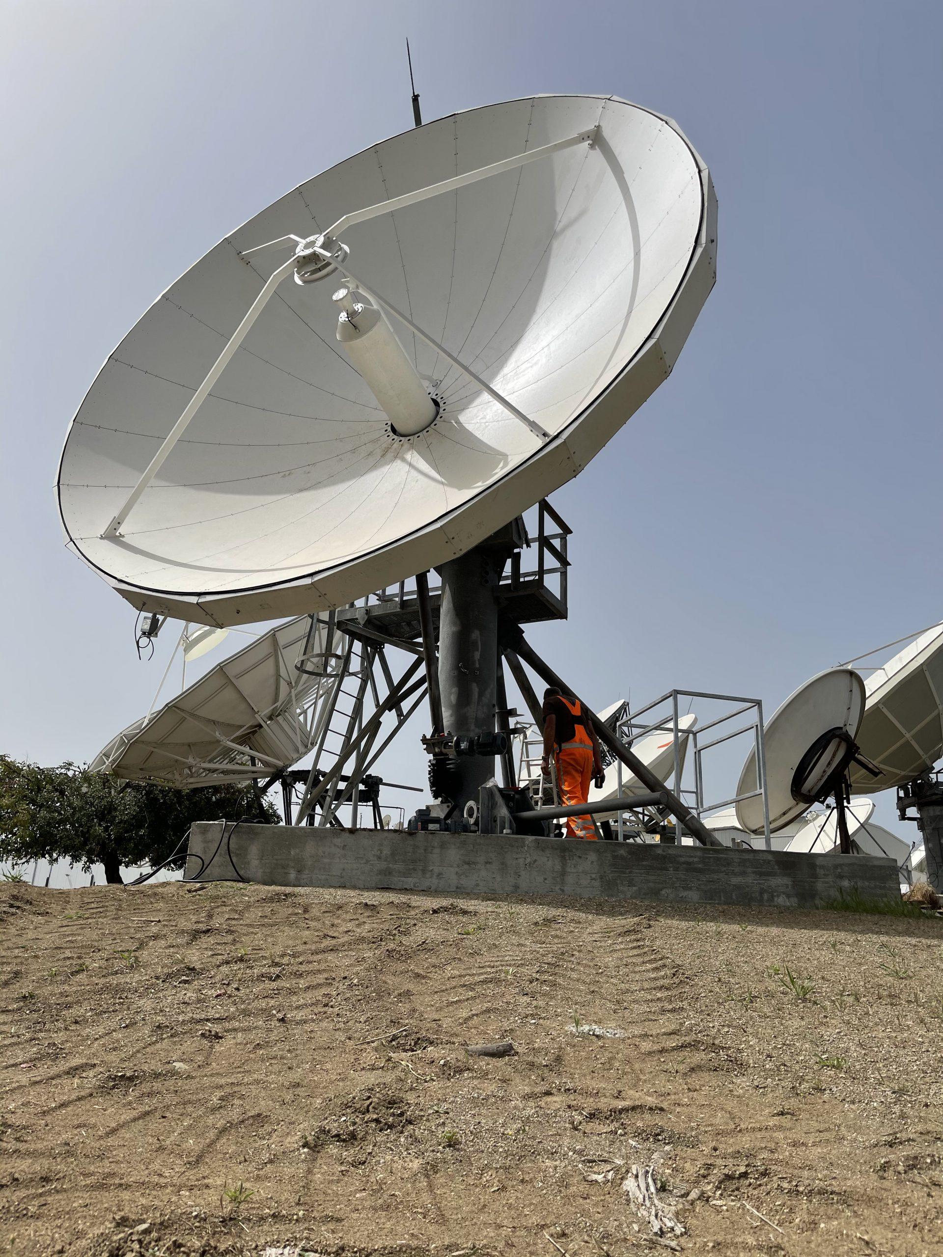 VertexRSI 6.3m Satellite antenna installation at Hellas-Sat